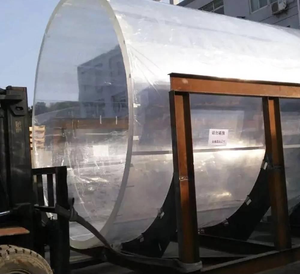 Jasa-Pembuatan-Aquarium-raksasa-berkualitas-terbaik-FILEminimizer